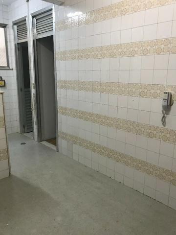 Excelente apartamento com 2 quartos, vaga e dependências no Flamengo! - Foto 15