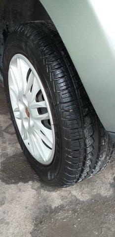 Fiat Idea Attactive 1.4 2013 R$ 22.500,00 81( *) - Foto 2