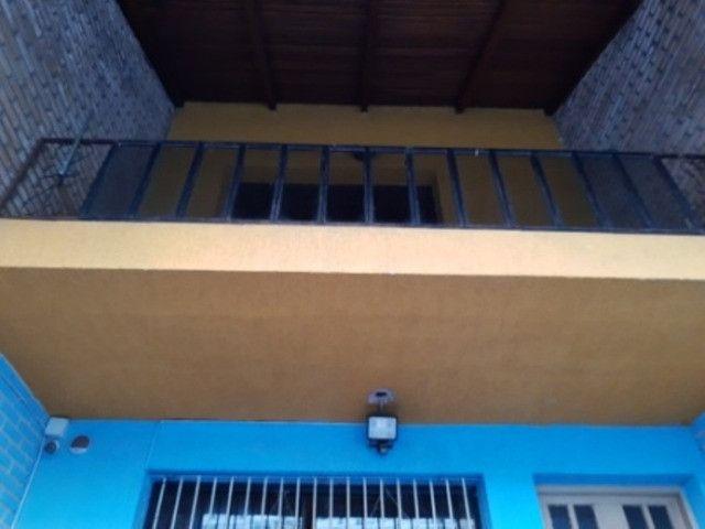 Casa tipo sobrado de 3 dormitórios na Cidade Baixa