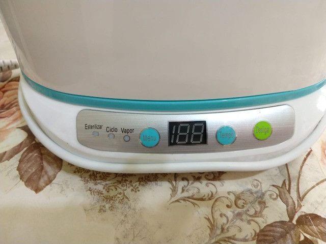 Esterilizador Digital de Mamadeiras e Acessórios 220V Fisher Price - Foto 2