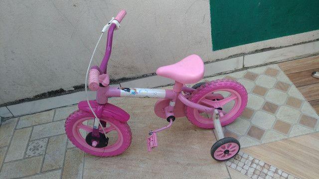 Bicicleta infantil rosa ( venda ou troca por uma um pouco maior )