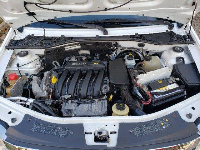 Renault Logan 1.6 Expression ** Automático ** - Foto 14