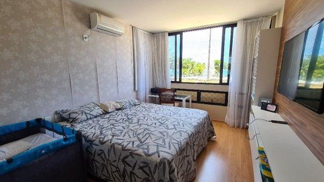 Lindo 3 quartos à beira mar de Pajuçara - Foto 6