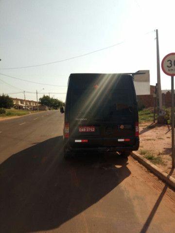 Van Transite com moto zerado, nota fiscal do novo motor - Foto 4