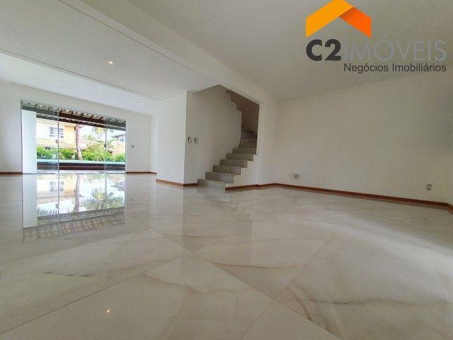 Casa  em condomínio de luxo, duplex, 03 suítes,, 500m2 em Itapoan/Pedra do Sal.