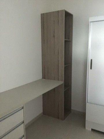 Alugo 2 quartos, suítes, varanda gourmet, armários, 2 vagas - Foto 6