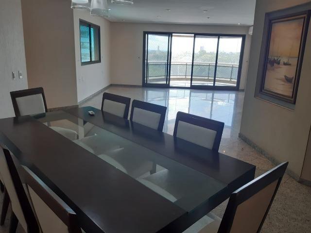 Apartamento c/ 4 suítes - Mansão Adrianópolis - Morada do Sol / Aleixo