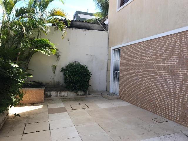 Casa no Bairro Sapiranga com 526 m² ,13 quartos,piscina e deck - Foto 6