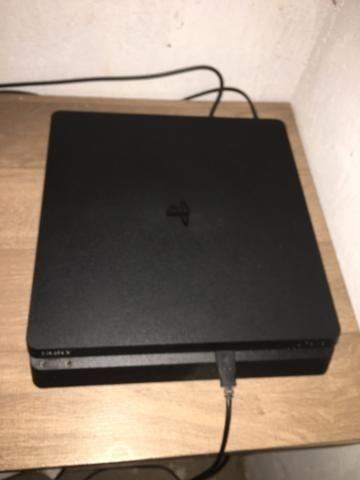 Vendo PlayStation 4 estado de zero 1500 pra botar preço - Foto 4