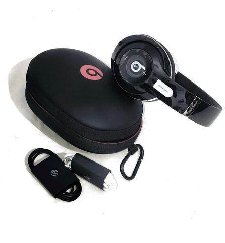 VENDE-SE Fone Beats Studio Wireless Novo, (nunca usado). Acompanha acessórios originais