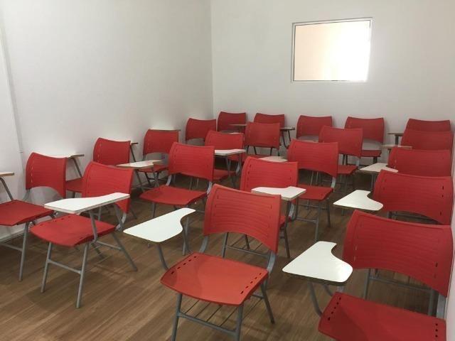 Sala em Araraquara-SP para cursos/treinamentos com projetor multimídia