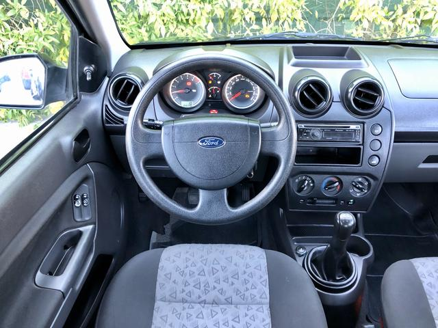 Ford Fiesta Sedan 1.0 2011 EXTRA!! - Foto 6