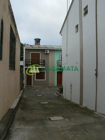 Apartamento seminovo, tipo sobrado, no Bairro Rosário, próximo ao centro - Foto 4