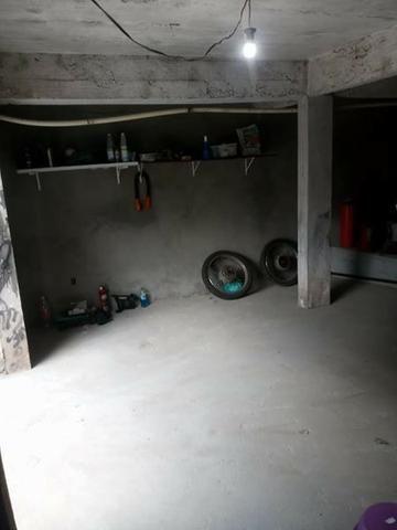 Casa dois pisos com garagem e piscina - Foto 4