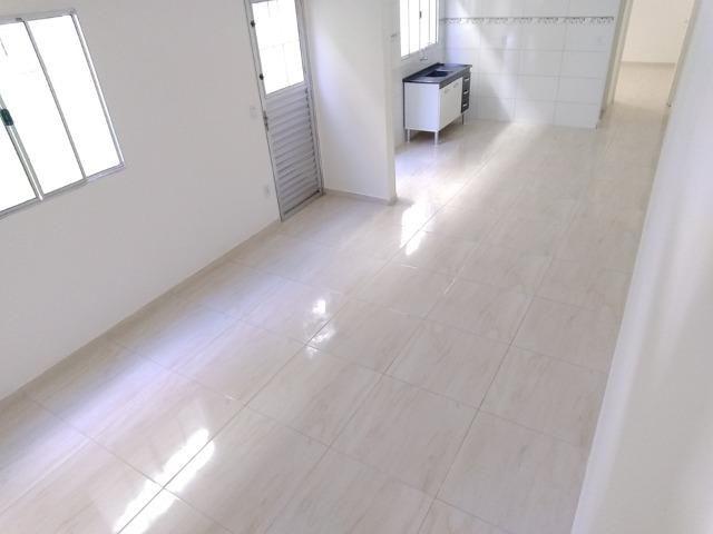 Olha Só A Sua Casa Nova Aqui! Deixe o Aluguel Já! FGTS na Entrada! 2 Dormitórios - Foto 5