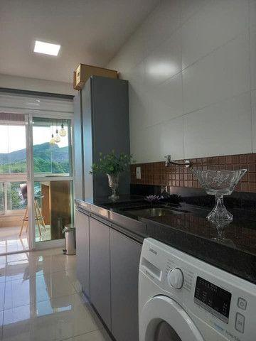 A RC + Imóveis vende um excelente apartamento no centro de Três Rios-RJ - Foto 3