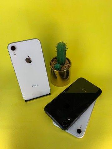 IPHONE XR 64 GB SEMINOVO