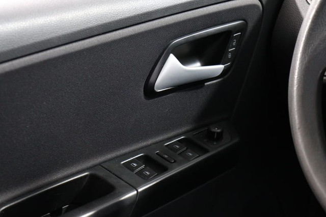 Volkswagen FOX 1.0 - Foto 12