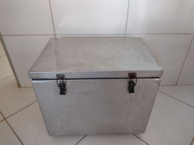 Caixa térmica 36 litros - Foto 2