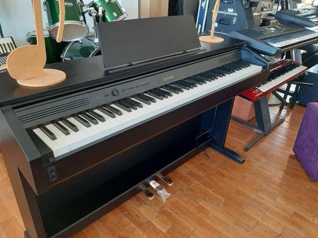 Piano Eletronico (Celviano ap 260)