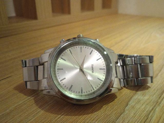 Relógio ponteiro prata Quartz (PROMOÇÃO)