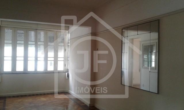Apartamento - LARANJEIRAS - R$ 2.300,00
