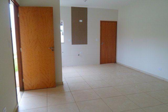 Alugo Casas Condomínio Fechado em Três Lagoas / MS - 3 quartos - Foto 2