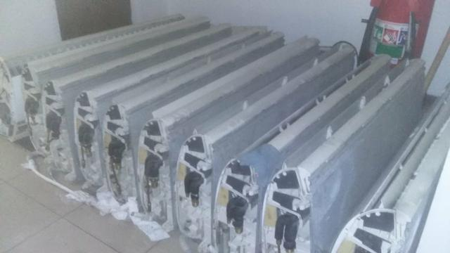 30 Ares condicionados 60.000 BTU semi novos - Foto 3