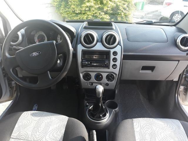 Fiesta Sedan 1.6 8V Class Flex + Gnv 2010 (IPVA 2020 Quitado) - Foto 7