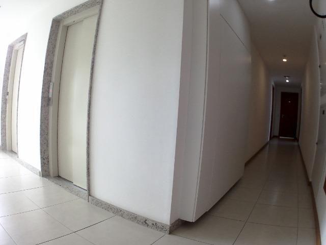APM-09-Apartamento com Excelente Quintal Próximo ao Centro Comercial de Laranjeiras - Foto 13