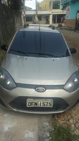 Vendo um carro 2012 2013 bem conservado - Foto 2