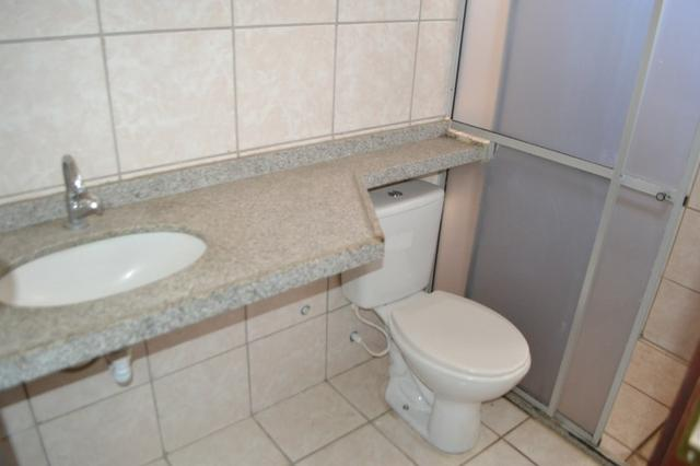 Casa em condomínio para locação em uma localização privilegiada do bairro Lagoa Seca - Foto 11