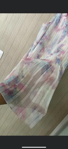 Vestido plissado H&M tamanho 5-6 - Foto 4