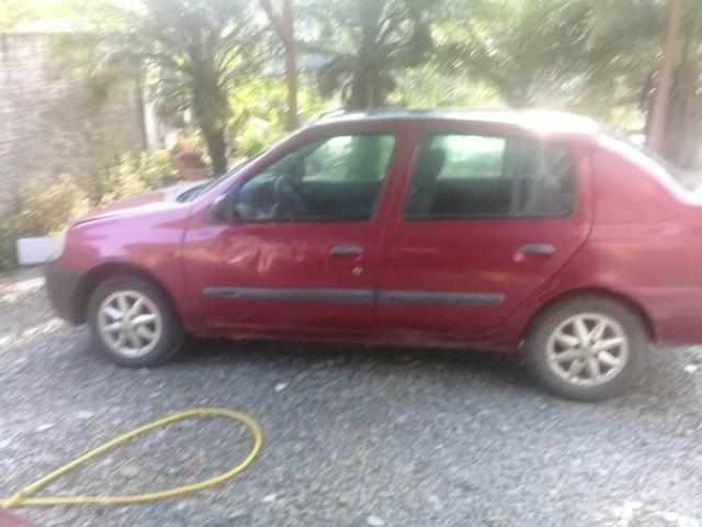Vendo Clio Sedan 2001 - R$ 7000,00 - Foto 2