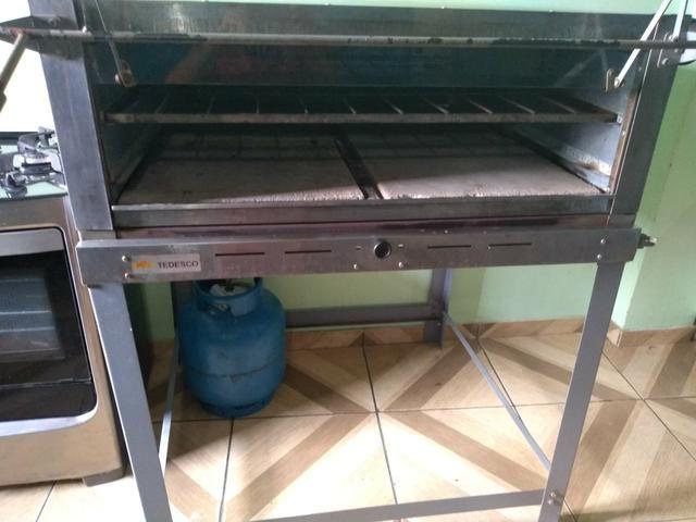 Vendo esse forno de 1 tela a gás - Foto 3