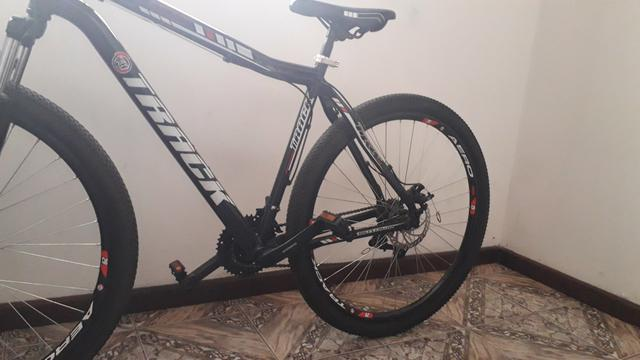 Vendo bicicleta semi nova - Foto 5