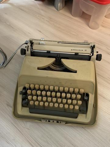 Raridade máquina de escrever triumph