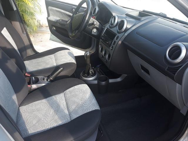 Fiesta Sedan 1.6 8V Class Flex + Gnv 2010 (IPVA 2020 Quitado) - Foto 6