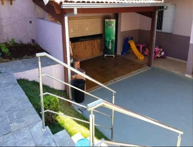 Localização excelente no bairro joão pinheiro,rua cata preta,casa espaçosa arejada,com ilu - Foto 14
