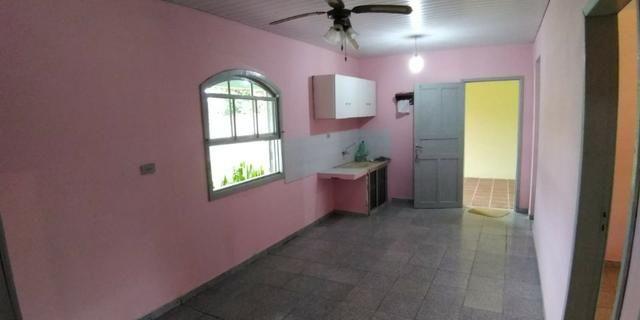 Casa em alvenaria localizada na Barra do Saí - Foto 9