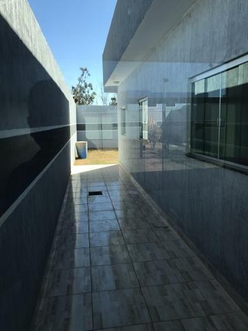 Linda casa de 3 qts, suíte, porcelanato no Setor de Mansões de Sobradinho - Foto 14
