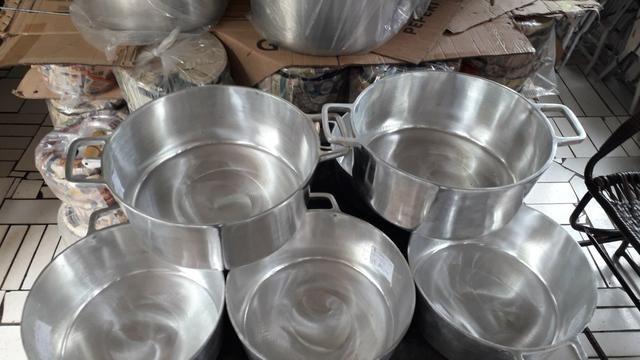 Panelas de alumínio batido de todos tamanho - Foto 4