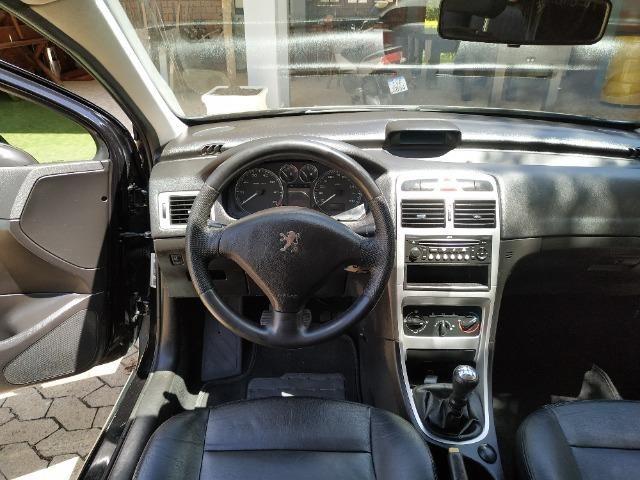 Peugeot - 307 Sedan Presence 2.0 Flex 16V 5p Aut - Foto 9