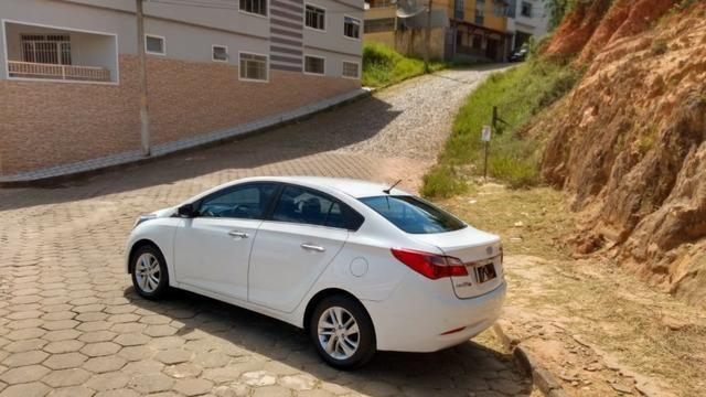 Hyundai HB20s 1.6 Premium Aut Branco Completo - Foto 6