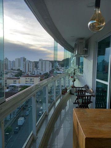 A RC + Imóveis vende um excelente apartamento no centro de Três Rios-RJ - Foto 8