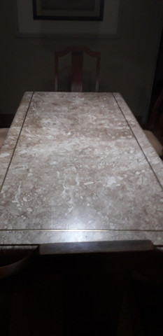 Mesa de mármore  com 8 cadeiras - Foto 3