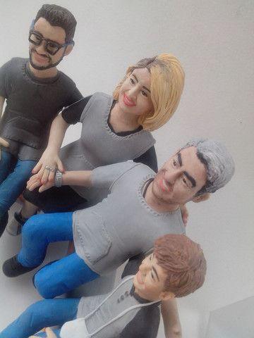 Caricaturas em bonecos,topo de bolo personalizado e miniaturas - Foto 5