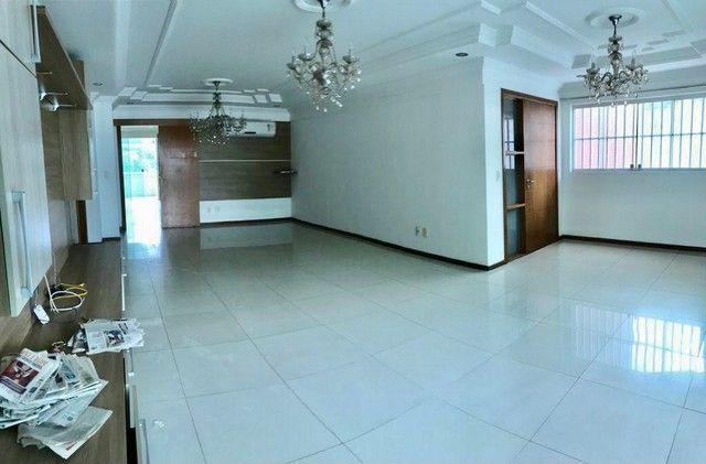 Apartamento para aluguel tem 240 metros quadrados com 5 quartos em Batista Campos - Belém