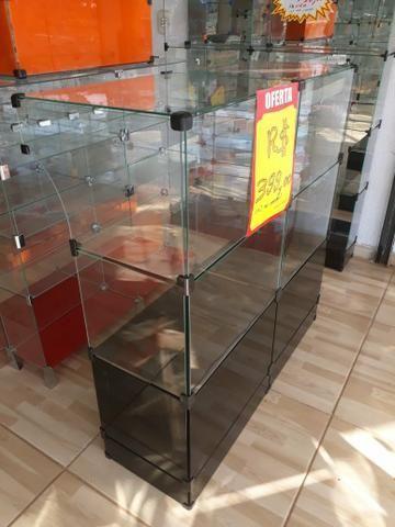Balcões de vidro