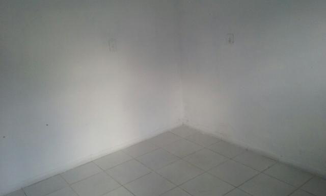 Aluga-se 2 casa no Prado